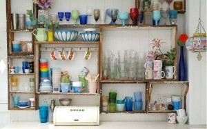 reused-crated-kitchen-shelves_thumb