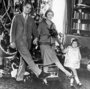 the-fitzgerald-family-celebrating-christmas