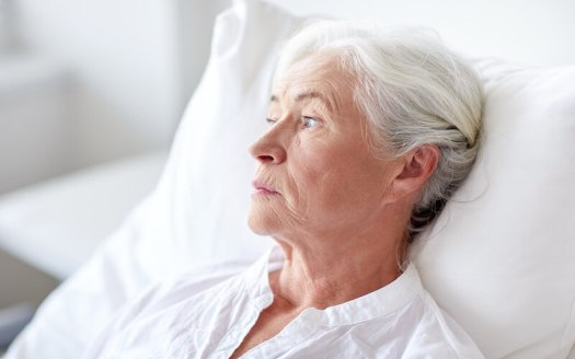 older-woman-bed